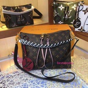 Best Women Color splicing Little bee Bags Fashion Zipper Design Handbag Casual Shoulder Messenger Bag New Sac Femme