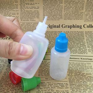 الملونة اغطية إثبات الطفل 30ML فارغة E السائل بلاستيك زجاجات PE مع زجاجة إبرة نصائح 1OZ Ecig النفط