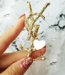 Big fashion high-grade shawl buckle simple brooch jacket West Assembly decoration pin buckle collar clip