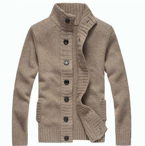 Mens Vintage кардиган свитер мужчин осень Прицепные Homme Сплошные Свитера Повседневный Теплый Knit Перемычка свитер Мужской Кнопка Outwear