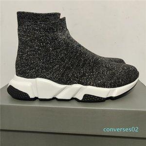 2019 Designer Sneakers instrutor Runner Preto Preto Triplo Moda planas Meias Botas Casual Shoes Tamanho 36-45 CO02