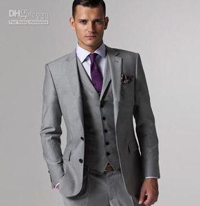 Новый Customize Slim Fit Groom Tuxedos Groomsmen Светло-серый Сторона Vent Свадьба Лучший костюм человека Мужские костюмы (куртка + брюки + жилет) 703