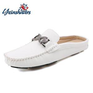 YEINSHAARS Mezze pantofole da uomo Slip estivo su comode scarpe da uomo esterne da uomo in pelle cucite a mano casual da guida