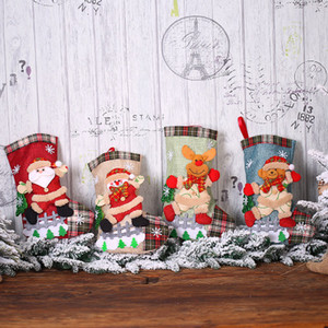 Cerca de la muñeca de regalo de Navidad Decoración de Navidad Medias de Navidad de la tela escocesa de lino bolsa Christma árbol de la nieve decorativo Calcetines EEA855-2