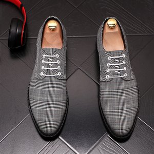 2020 New Fashion Men British designer pointed lace-up gentleman Dress Shoes Homecoming Wedding Shoes Sapato Social Masculino