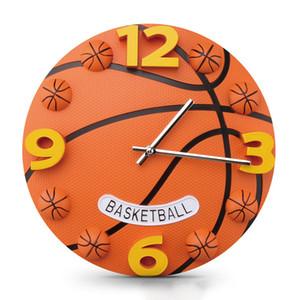 Criativo Relógio de parede de basquete Football Clock Crianças Quarto dos meninos Personalidade Estilos Movimento Mudo Clocks frete grátis