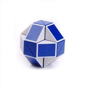 Yaratıcı Mini Magic Snake Şekli Oyuncak Oyun 3D Cube Puzzle Büküm Bulmaca Oyuncak Hediye Rastgele İstihbarat Oyuncaklar Supertop Hediyeler ZJ-T03