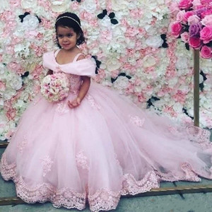 Palla rosa delle ragazze di fiore di spettacolo abiti eleganti cinghie spalle Off Appliques bambini piccoli Flower Girl Dress per Matrimoni