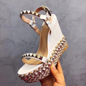 Diseñadores Sandalias de fondo rojo Cataclou Zapatos de cuña de corcho Mujeres Alpargatas Bombas Sandalias de verano Sandalias plateadas cubiertas con purpurina US9