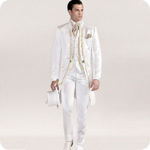 Stampa Tailcoat Men Suit per Wedding White Pattern Sposo Wear Smoking di nozze Custom 3Piece Costume Homme Ultimi disegni Long Male Blazer