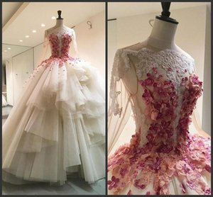 2020 New Elegan Lace Ball Gown Wedding Dresses Bateau Neck Long Sleeves Bridal Gowns Floor Length 3D Appliques Wedding Dress Custom Made
