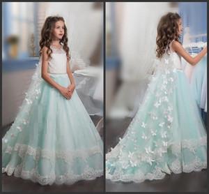 Принцесса Рождество Цветочные платья для девочек на свадьбу без рукавов с бабочками Аппликации Красивые девушки Pageant платье с оберткой Детские вечеринки Drees