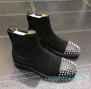 Moda En Lüks Erkekler Çizme Kırmızı Alt Tasarım Erkekler Bilek Boots Düşük Topuklar Gerçek Deri Süet ile Rivets Kavun Dikenler Kısa Şövalye c22