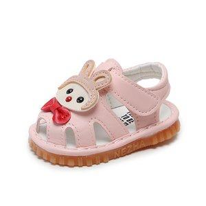 여름 아기 소녀 소프트 단독 핑크 샌들 신발 Prewalkers 가죽 유아 신발 여자 편안한 침대 귀여운 삐걱 거리는 6-24M