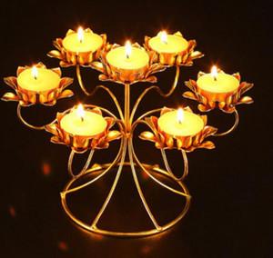I candelabri assemblati della lampada del burro dell'acciaio inossidabile assemblati Lotus Style hanno potuto mettere 7 candele della lampada del burro ogni giorno pregare o adorare Buddha