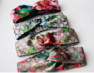 Diadema elástica para hombres y mujeres 2019 NUEVA G Letra de lentejuelas diseño Verde rojo rosado Bandas para el cabello Para mujer Chica Retro Turbante Headwraps mezcla