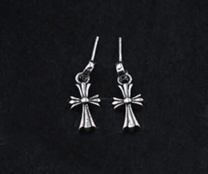 925 Sterling Silber Ohrringe mit LOGO-Punk-Stil Männer und der Frauen-Liebhaber Geschenk Hip-Hop-Kreuz Luxus-Designer-Schmuck 006