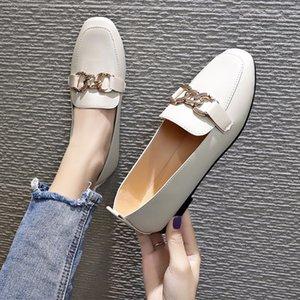 Chaussures Femmes et Printemps Automne Nouveau style Plate-forme étanche Low Top Pied Revêtement tête carrée en métal coupe-bas Mocassins Anti-dérapant