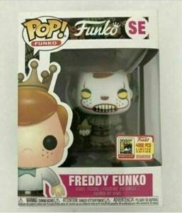ação quente Funko Pop Vinil Figura Freddy Funko Pennywise SDCC LE4000 novíssimo brinquedo com caixa