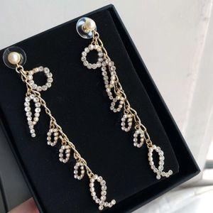 Hanno doppi orecchini francobolli della lettera di modo nappa diamante Aretes orecchini per le donne parte gli amanti della cerimonia nuziale dei monili regalo per la sposa con box