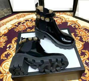 Negro Martin botas de cuero de estilo diamantes de imitación de moda británica de las mujeres y el nuevo y versátil de fondo grueso botas cortas mujeres en otoño y