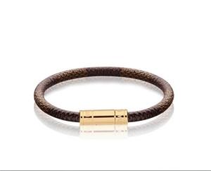 Alta calidad de la celebridad Carta de metal remaches de la hebilla de cuero real del metal de la joyería de la pulsera del manguito Pulsera ancha con la caja