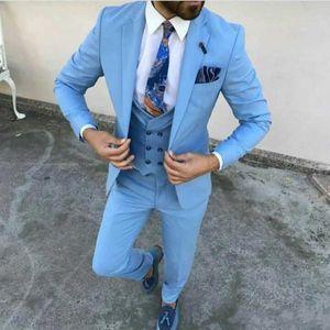 Personnaliser la mode un bouton bleu clair de mariage Hommes Costumes Trois Pièces Notch Lapel Business Groom Smokings (veste + pantalon + Gilet)