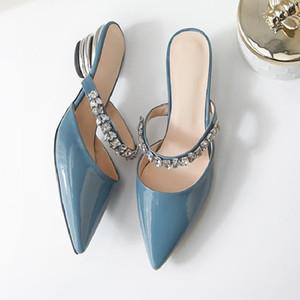 Lucky2019 Une chaîne de perles en cuir véritable Baotou Un mot pantoufle Autres vêtements Femme Ban Tuo Summer Beach Sandals