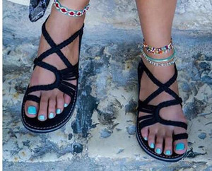 Hot Sale-2018 Summer Women Hot Ring-Toe Cruz Correa del tobillo Correa Sandalias de playa Boho Zapatos Planos Aletas 35 - 44