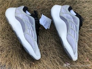 2019 High Authentic Originals 700 V3 Azael Black White 3M Reflective Kanye West Men Women Running Shoes Sports Sneakers EF9897 With Box