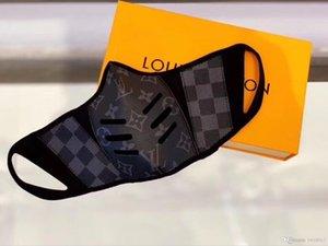 máscaras de cuero del diseñador media mascarilla de la moda L O V E Hombres Mujeres tamaño de la máscara del partido S y M con la caja