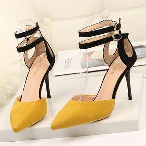 Tamanho grande Duplo cinta sapatos para Mulheres micro suded Meninas saltos altos fivela cinta dedo apontado bombas estilo Euro lady dress shoes zy257