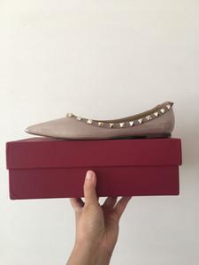Designer Frauen flache Schuhe Party Mode Nieten Mädchen sexy Lackleder wies Tanzschuhe Hochzeit Schuhe flache Valentine Sandalen