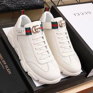 Yeni lüks erkek ayakkabıları G yüksek kaliteli deri mokasen, erkek koşu ayakkabıları, orijinal qp ile kabartmalı calfskin yapılmış düz ayakkabılar ağ var çizgili