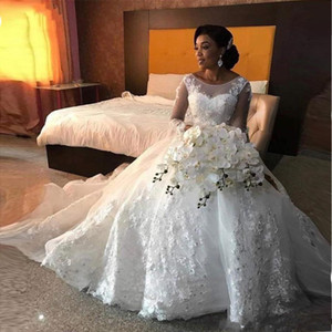 Luxury Ball Gown African Wedding Dresses Long Sleeve Scoop Lace Appliques Beaded Arabic Bridal Gowns 2020 New Fashion Custom Made