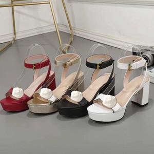 Diseñador de sandalias de tacón alto de cuero impermeables de la plataforma del talón áspera mujer de la manera de cuero calza las sandalias atractivas partes hebilla de metal de lujo 42