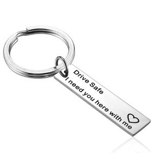 Нержавеющая сталь автомобилей Key Chain Letter Drive Safe I Need You Here With Me Keychains Практическая Anri Wear KeyRing партии пользу LJJA3747-2