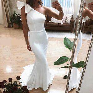 Простые длинные вечерние платья 2019 одно плечо элегантные русалка дамы белые атласные вечерние платья
