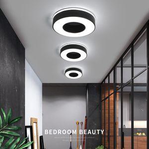 Diámetro 240 mm Luz de techo moderna del LED para el pasillo del pasillo del pasillo del acebo Cuadrado negro o blanco / redondo / triángulo llevó la lámpara del techo