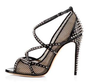 Летние новые модные сандалии Сексуальная черная ажурная на высоком каблуке большого размера заклепка рыбий рот пряжки модная обувь