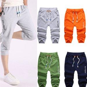 Man pantaloncini corti idoneità all'esercizio sala fitness bodybuilding esercizio forza elastica pantaloncini medie