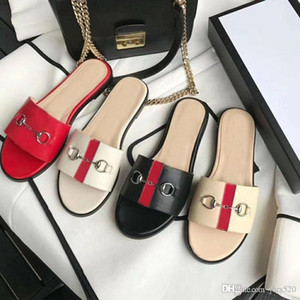 Summer new Beach slippers fashion Designer women Lazy Flat flops leather lady Cartoon slippers luxury Metal Ladies slippers size 35-42 us11