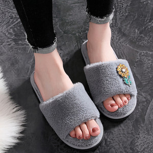 Crystal Flower Fur Slides Women Slippers Winter Fluffy Sandals House Slippers Female Shoes Home Slides Indoor Casual