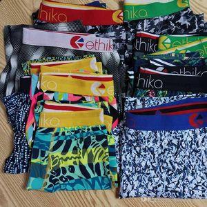 Colore casuale Ethika Mens design Underwear Boxer Mens caldo maschio biancheria intima degli uomini del pugile Mutande respirabile comodo Cuecas Boxer