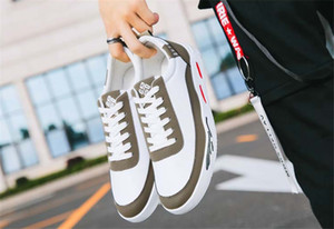 Hot Vente à bas prix 2020 printemps nouvelles chaussures respirant sport décontractée été Chaussures de toile pour hommes bas en haut hommes chaussures marée