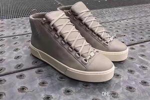 Hightop originale in vera pelle di lusso Arena Sneaker qualità eccellente Uomini giovani all'aperto Kanye West Moda Trainer Flats