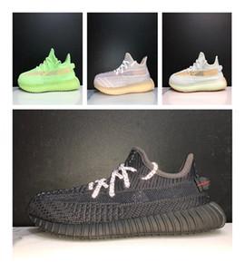 Banque Kanye West V2 coureurs Vrai Forme Clays Hyperspace Statique Triple Noir Triple Cheveux Courses Enfants Goy Girl Sneakers avec boîte