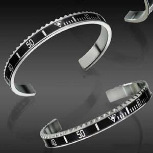 Pulsera de titanio de apertura del velocímetro con tendencia digital europea y americana Dial digital de hip-hop para hombres y mujeres Pulsera de accesorios de fantasma de agua