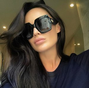 Neue moderne und stilvolle Frauen-Sonnenbrille Flat Top-Platz Designer-Sonnenbrillen Frauen arbeiten Weinlese Sunglass
