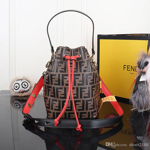 Yeni eğilim moda lüks çanta seyahat çantası cüzdan sırt çantası kadın erkek büyük kapasiteli çanta sırt çantası Global Limited 5509-222 B35